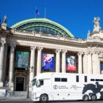 camion devant le Grand Palais